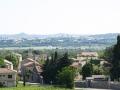 Vue d'Arpaillargues. Au loin les tours d'Uzès et le Montaigü