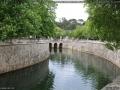 Courbure du canal des Jardins de la Fontaine