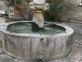 Fontaine aux mascarons Séguret
