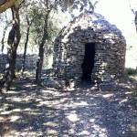 Une capitelle près de l'oppidum