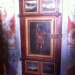 Porte du cabinet des peintures du Château de Caveirac