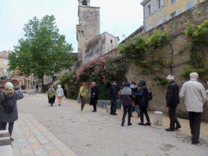 Montée vers le château de Grignan