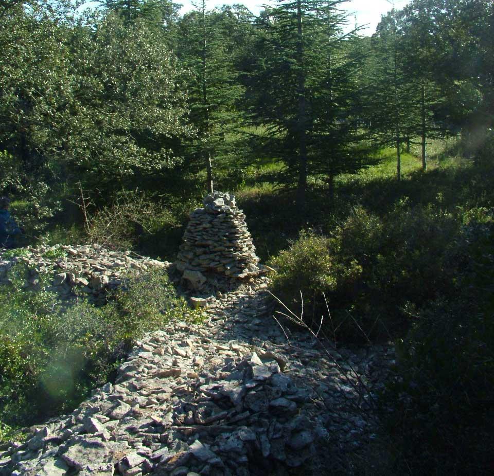 Cairn La Montagne Uzès