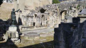 Porte Auguste Nîmes