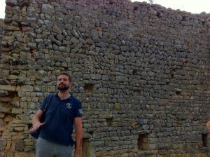 Notre guide devant la muraille